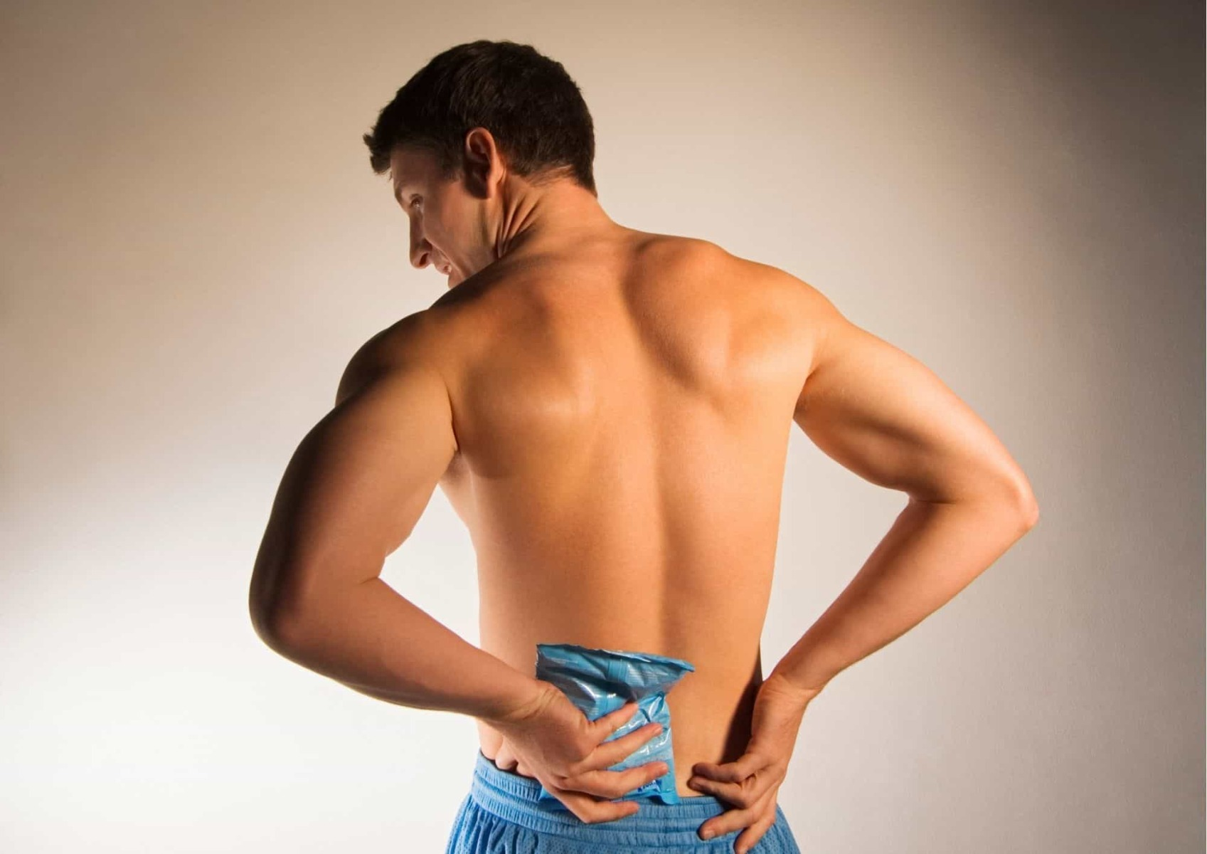 Benefits of ice pack on the back_bettercaremarket