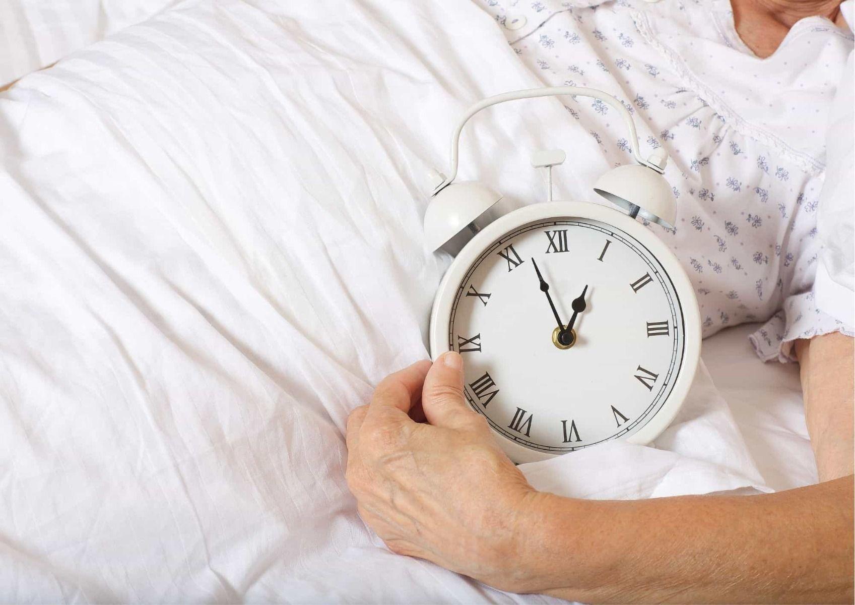 dementia clock helps seniors keep track of time