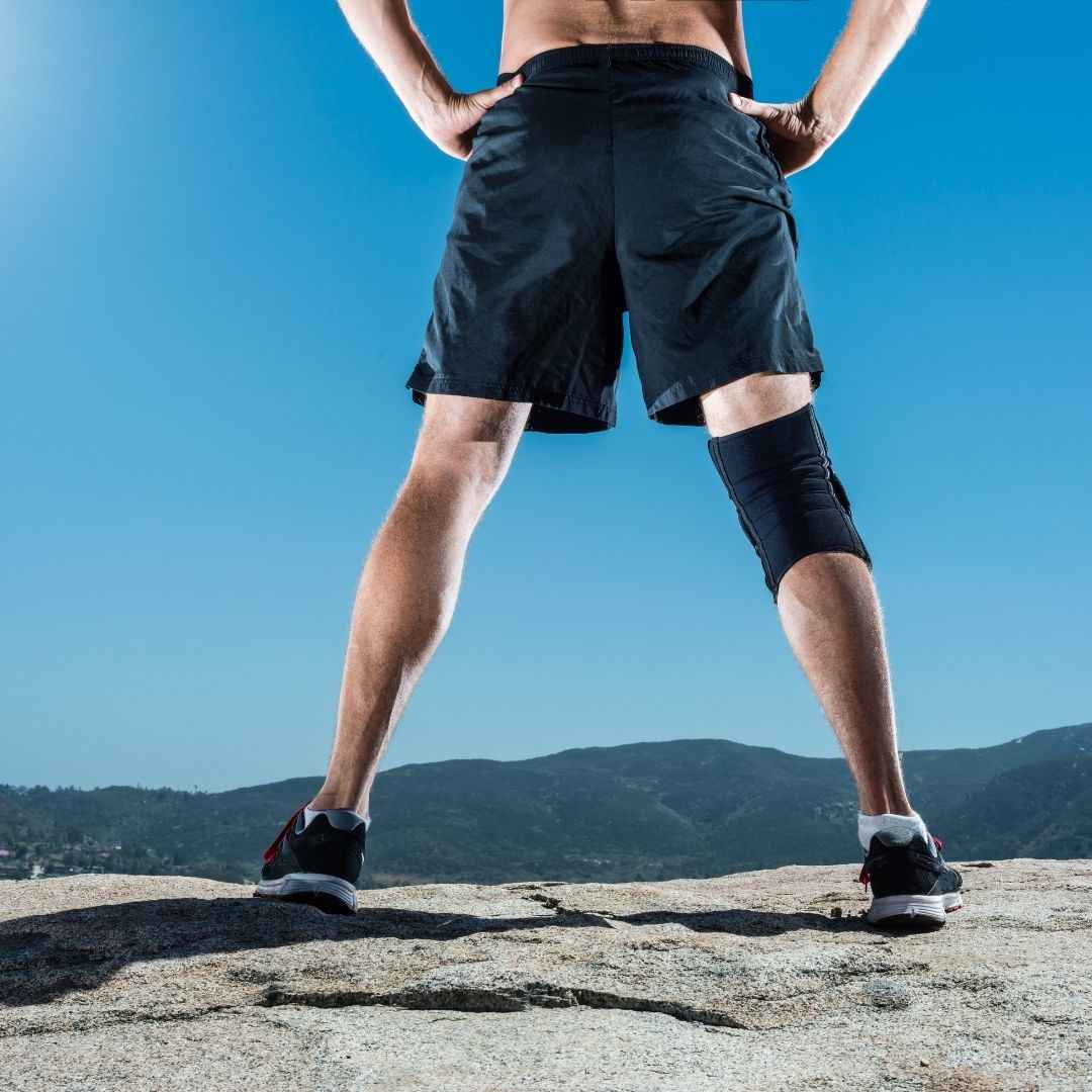 Man with knee brace_bettercaremarket